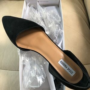 Shoes - Steve Madden black dress flats